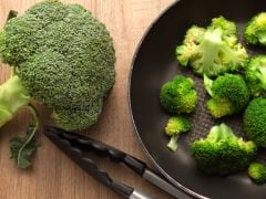 Broccoli And Cabbage May Stave Off Risk Of Colon Cancer: 5 Benefits Of Broccoli