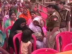 At Yogi Adityanath's Rally, Cops Make Woman Remove Burkha