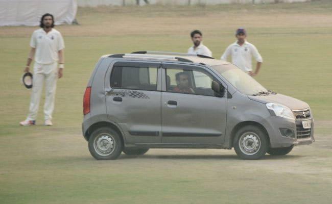 रणजी मैचों में सुरक्षा को लेकर बड़ा सवाल, ईशांत-गंभीर और पंत की मौजूदगी में मैदान में घुस गई एक कार