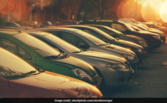 Use Multilevel Facility: Green Court Bans Parking In Sarojini Nagar Market