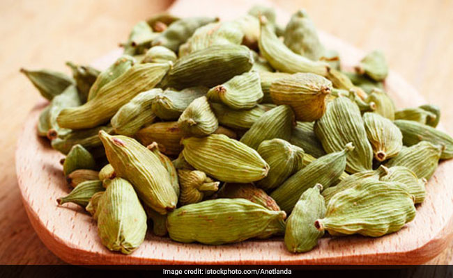 cardamom helps in controlling bp