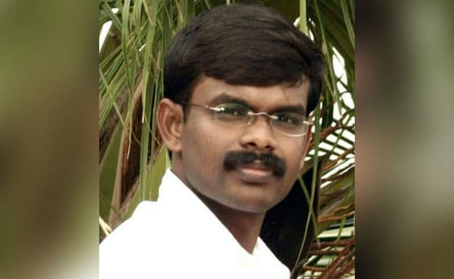 Cartoonist arrested for caricaturing Tamil Nadu CM, officials