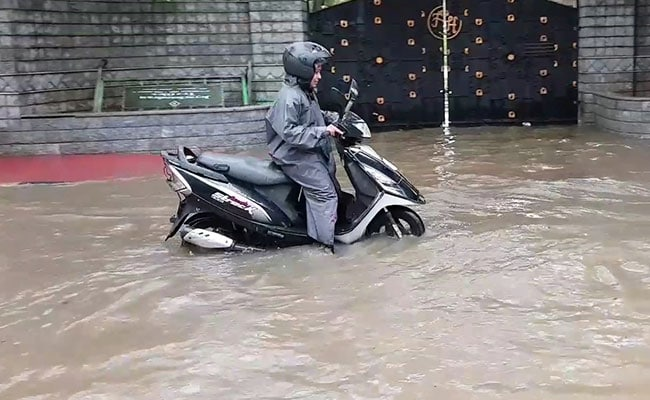 Chennai Battered by 6 Hours Of Rain; Schools Shut, IT Firms May Too: 10 Facts