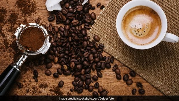 7 Natural Alternatives To Coffee To Help You Stay Wide Awake!