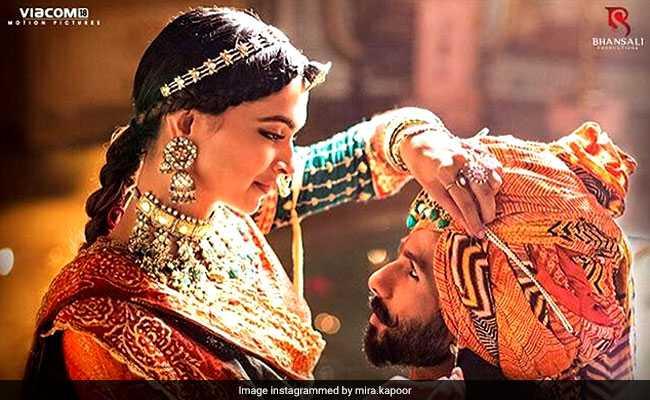 Padmavati का नया गाना रिलीज, रोमांटिक अंदाज में नजर आए दीपिका पादुकोण और शाहिद कपूर