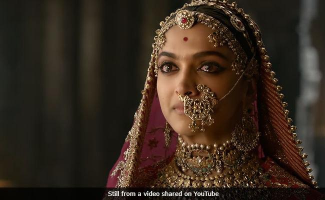 Padmavati Controversy: Film Bodies Support Sanjay Leela Bhansali, Will Appeal To Smriti Irani