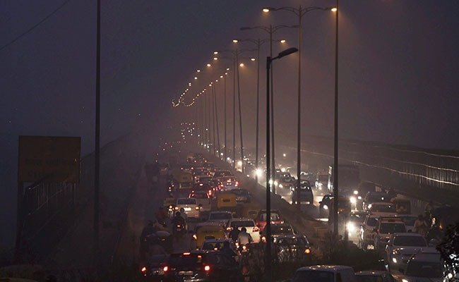 Delhi smog: City's residents frustrated over vehicle rationing