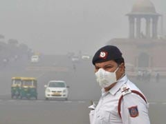 "Delhi Air Quality ""Moderate To Poor"", Pollution Level Down From ""Severe"""