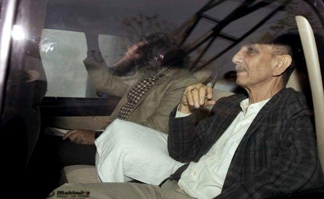 On Mission Kashmir, Centre's Interlocutor Dineshwar Sharma Lands In Srinagar
