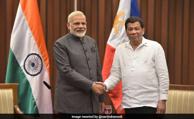 ASEAN Summit: PM Modi Meets Philippine President Rodrigo Duterte