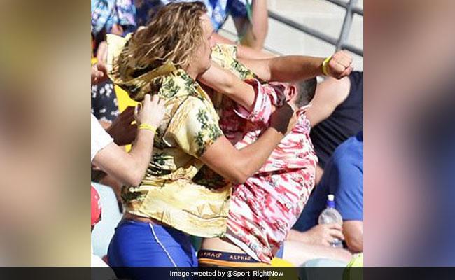 एशेज मैच के दौरान आपस में ही भिड़ गए फैंस, जमकर हुई हाथापाई, फोटो वायरल