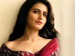 Fatima Sana Shaikh's New <I>Saree</i> Pic Gets Some Hate, Whole Lotta Love