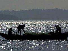 पाकिस्तान ने 52 भारतीय मछुआरों को गिरफ्तार किया, 8 नौकाएं भी जब्त कीं