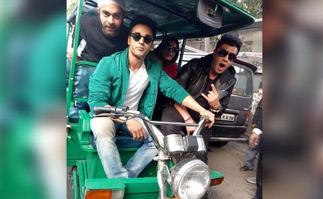 'फुकरे रिटर्न्स' की टीम ने दिल्ली की सड़कों पर की फुकरापंती!
