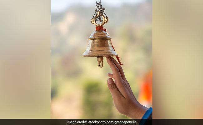 क्यों बजाई जाती है मंदिरों में घंटी?