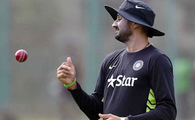 Harbhajan Singh, Virender Sehwag Share Concerns About Rising Air Pollution