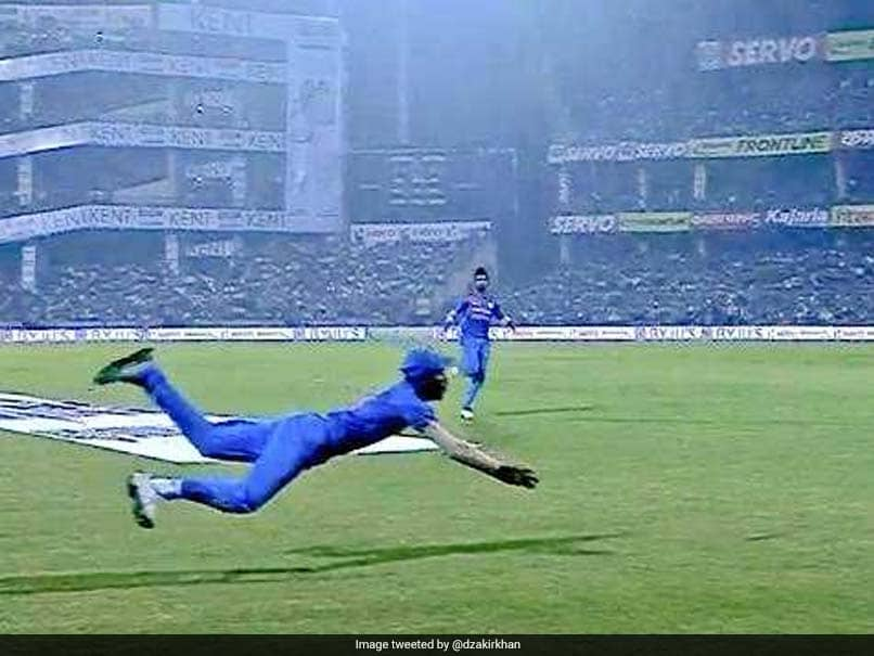 Hardik Pandya Takes Breathtaking Catch To Dismiss Martin Guptill, MS Dhoni