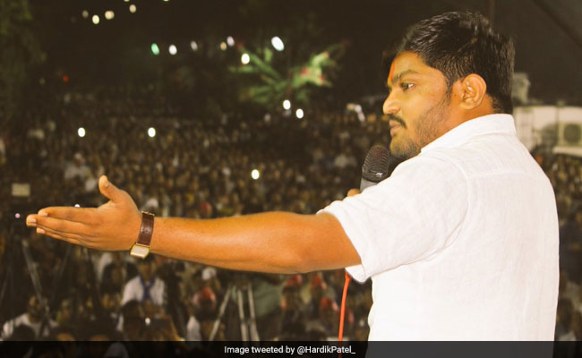 Gujarat Assembly Election 2017: Not Openly With Congress But Against BJP, Says Hardik Patel - Highlights