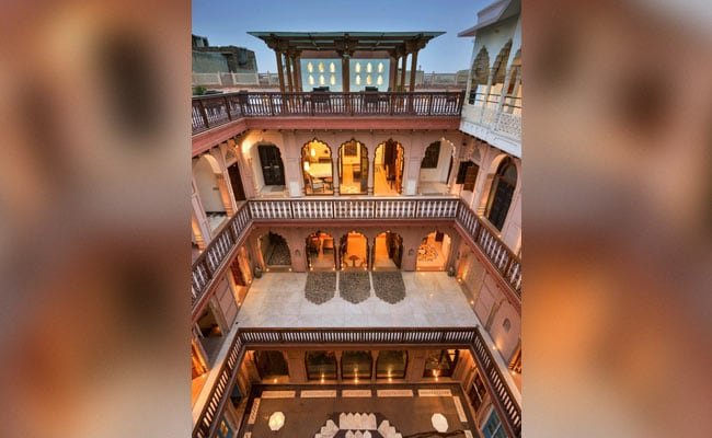 Old Delhi's Haveli Dharampura, Mumbai's Wellington Fountain Get UNESCO Recognition