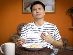 Heartburn Drug Linked To Kidney Disease Risk: 5 Foods That May Naturally Neutralise Stomach Acid