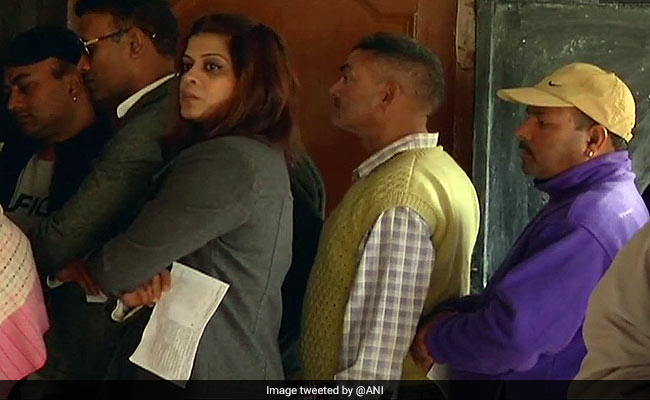 Himachal Pradesh Assembly Election 2017: 13.72 Per Cent Voting In First 2 Hours
