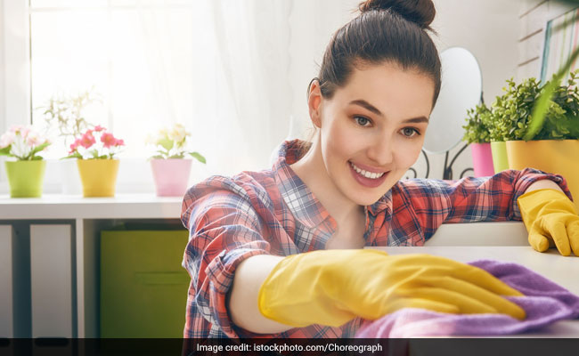 Weight Loss Tips: 30 Minutes Of These Household Chores Can Help You Burn Calories