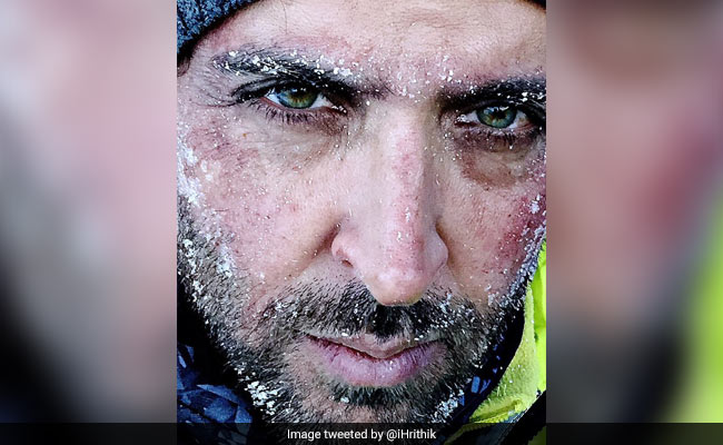 Picture Perfect: Hrithik Roshan's Selfie Tip And Other Celeb Posts