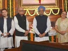 Leaders Pay Glowing Tribute To Indira Gandhi