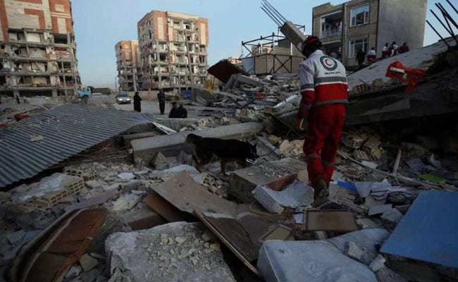 Iran Hunts For Survivors As 7.3 Magnitude Earthquake Kills 407 Near Iraq Border