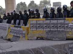 पाकिस्तान में प्रदर्शनकारियों पर कार्रवाई के बाद भड़की हिंसा में 200 से अधिक घायल, सेना बुलायी गयी