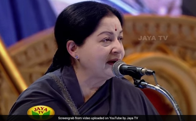 Jaya TV Office, Sasikala Aides Raided By Taxmen Across Tamil Nadu