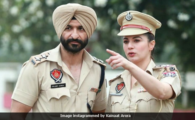 Trending: Kainaat Arora Mistaken For A Real Cop By The Internet