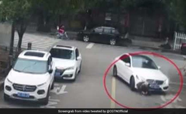 Child Run Over While Tying Shoelaces. Watch How People Save Him