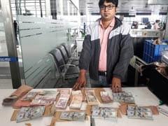बैंकॉक जा रहे व्यक्ति के पास मिली एक करोड़ रुपये मूल्य की विदेशी मुद्रा