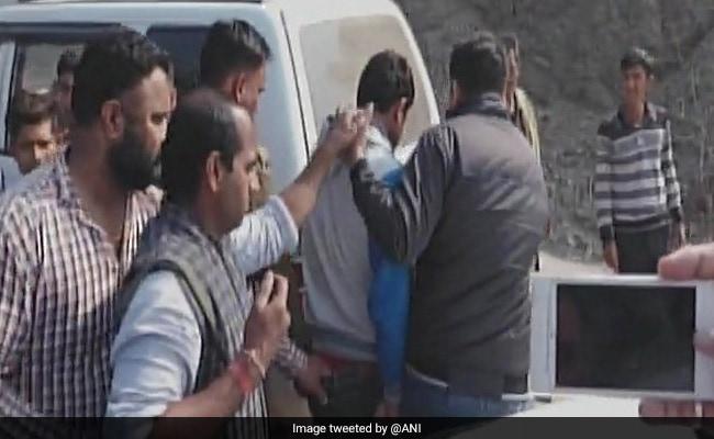 हरियाणा में प्रेमिका की खातिर अपने ही तीन नाबालिग बच्चों को भाई के साथ मिलकर गोलियों से उड़ा दिया