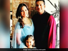 The Internet Loves This Pic Of Lara Dutta, Mahesh Bhupathi And Daughter Saira