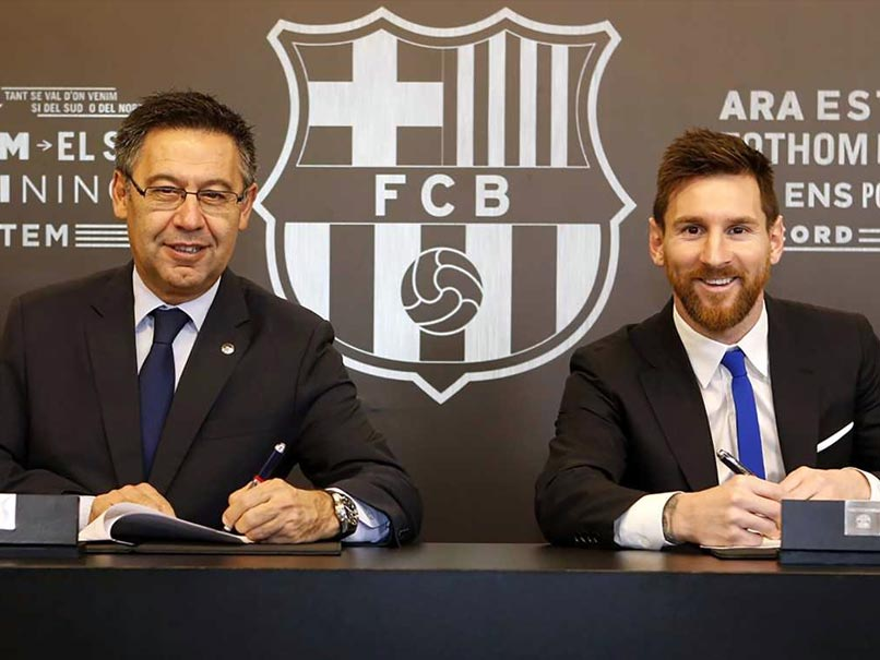 Lionel Messi Extends Barcelona Contract Until 2021
