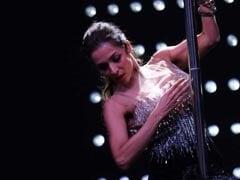Video: मलाइका अरोड़ा का Pole Dance देखकर आप भी कह बैठेंगे OMG!