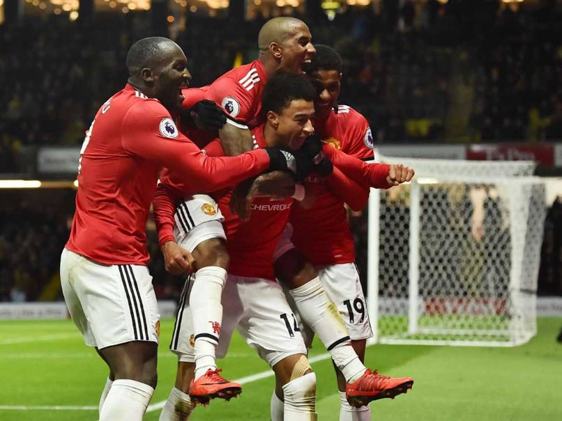 Young Sparkles as Manchester United Close Gap, Spurs