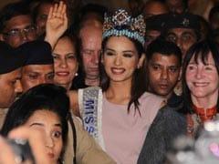 Photos: इंडिया लौटीं Miss World मानुषी छिल्लर, एयरपोर्ट पर हुआ ग्रांड Welcome