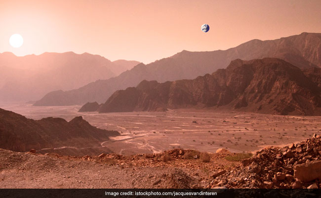 NASA Seeks Proposals To Prepare For Manned Mars Mission