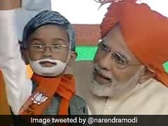 PM Modi Meets Mini Replica Of Himself At Gujarat Rally. Video Is Viral