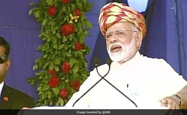 गुजरात चुनाव: पालिताना में PM ने कहा, कांग्रेस विकास, गुजरात, मोदी और पसीने से नफरत करती है