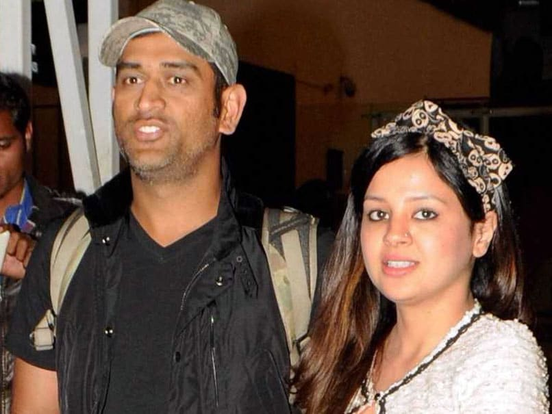 MS Dhoni's Wife Sakshi Finds Ingenious Way Of Keeping Husband's Identity A Secret