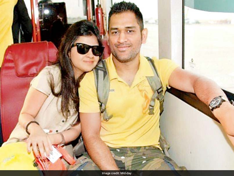 Watch Video: MS Dhoni Celebrates Wife Sakshi's 29th Birthday