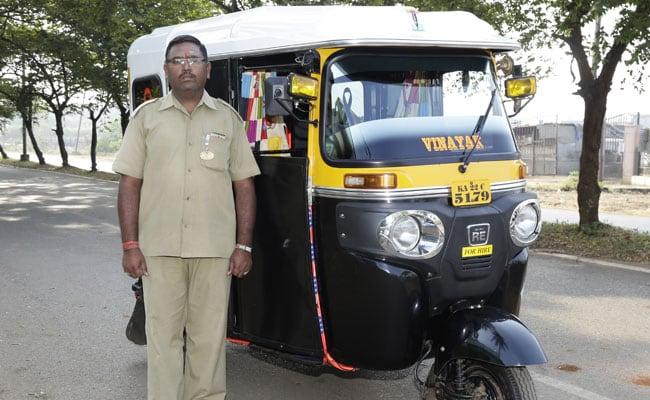 Karnataka Auto Doubles Up As Ambulance For The Needy At Night