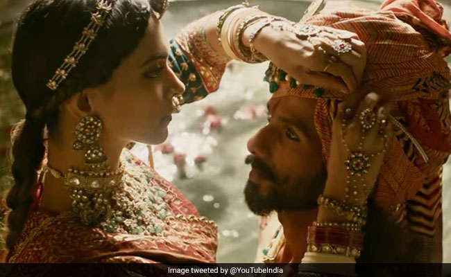 Parliamentary Panel Asks Centre, Censor Board For Report On Padmavati