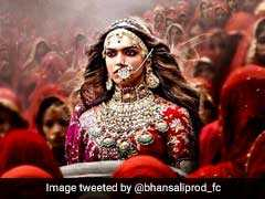 Ex Royals Of Jaipur Call For Ban On <i>Padmavati</i>: 10 Points On Controversy