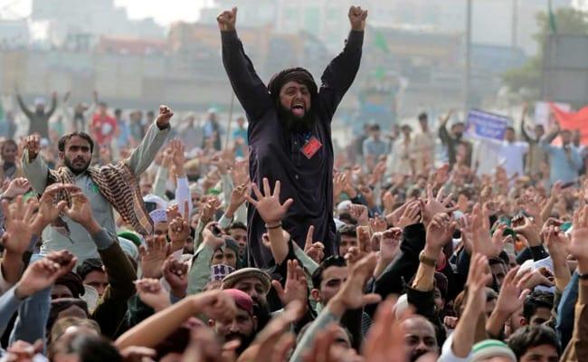 pak protest reuters