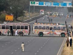 Pakistan Blocks Off Roads Into Islamabad As Blasphemy Law Supporters Stage Sit-In